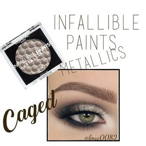 Infallible Paints Metallics Eyeshadow Caged